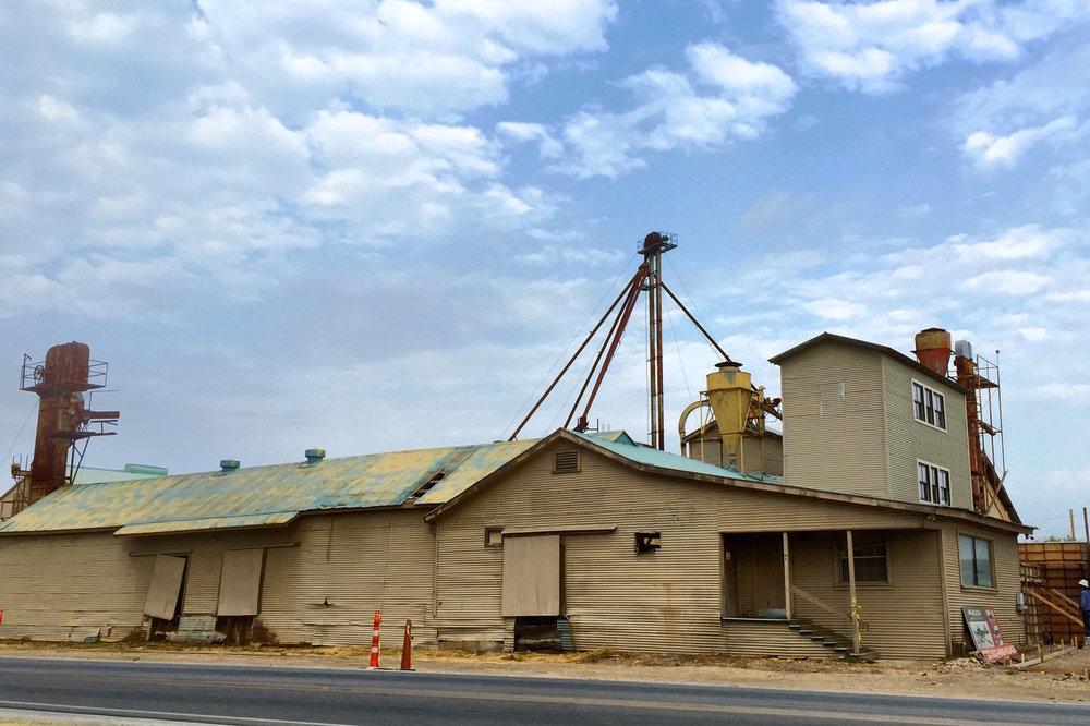 Buda Mill & Grain Co. | shopping mall | 306 S Main St, Buda, TX 78610, USA