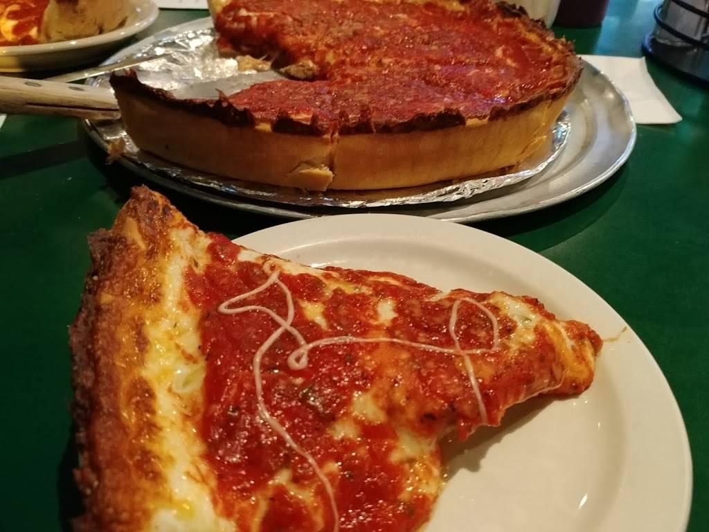 Michaels Original Pizzeria & Tavern | restaurant | 4091 N Broadway, Chicago, IL 60613, USA | 7739294149 OR +1 773-929-4149
