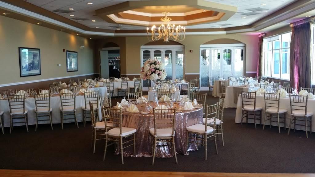 Isla Del Sol Yacht & Country Club | restaurant | 6000 Sun Blvd, St. Petersburg, FL 33715, USA | 7279064752 OR +1 727-906-4752