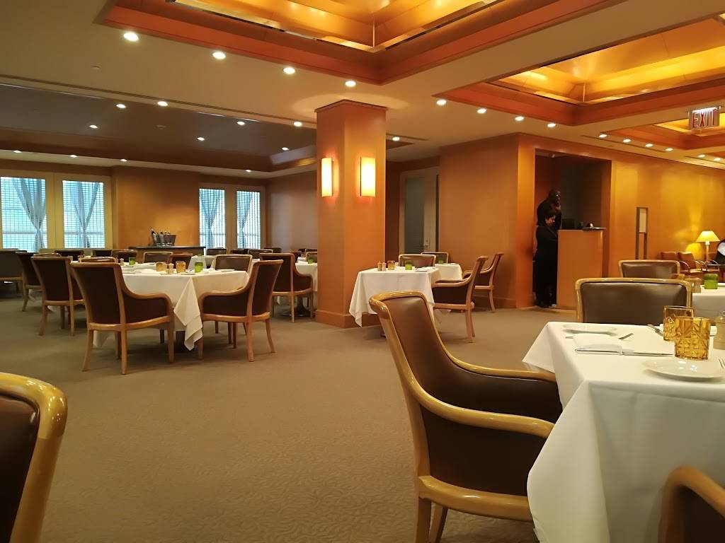 The Dining Room | restaurant | 1000 5th Ave, New York, NY 10028, USA | 2125703975 OR +1 212-570-3975