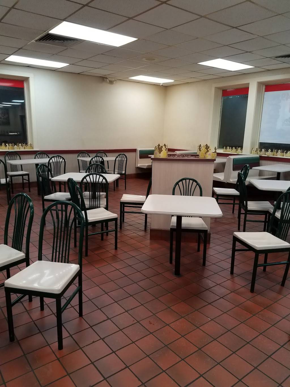 Burger King - Restaurant | 15 Newman Springs Rd, Tinton