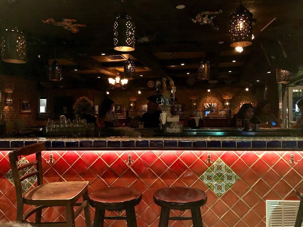 Móle | restaurant | 178 Kent Ave, Brooklyn, NY 11211, USA | 3473842300 OR +1 347-384-2300
