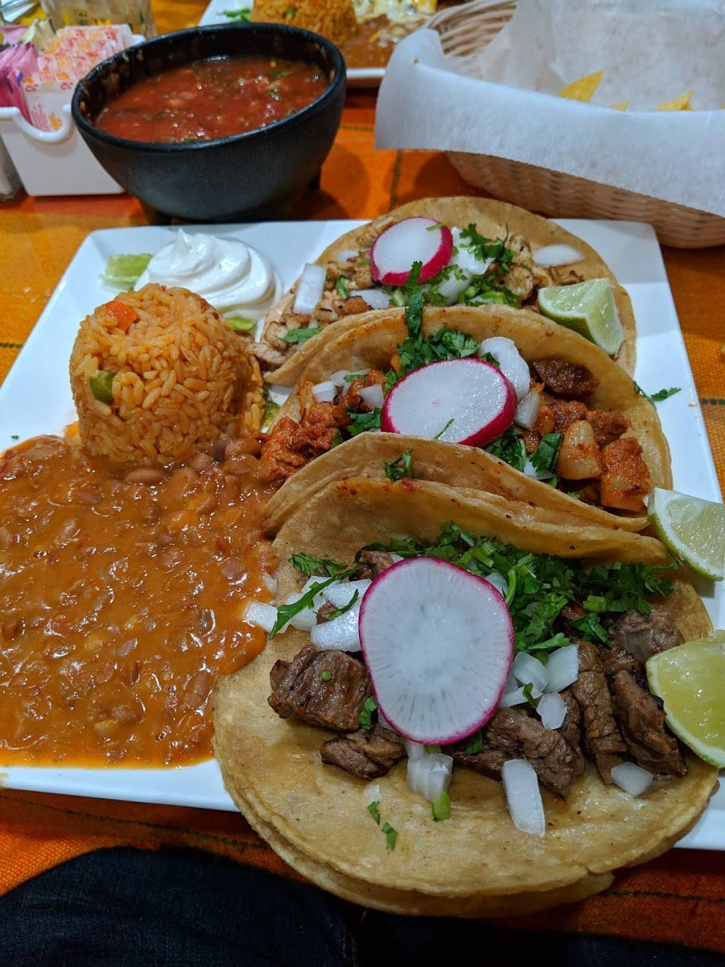 Chicali Mexican Grill   restaurant   12 W Main St, Somerville, NJ 08876, USA   9089472449 OR +1 908-947-2449
