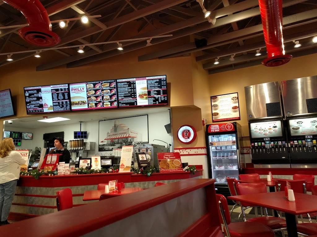 Freddys Frozen Custard & Steakburgers | restaurant | 1049 N Salem Rd, Fayetteville, AR 72704, USA | 4799664360 OR +1 479-966-4360