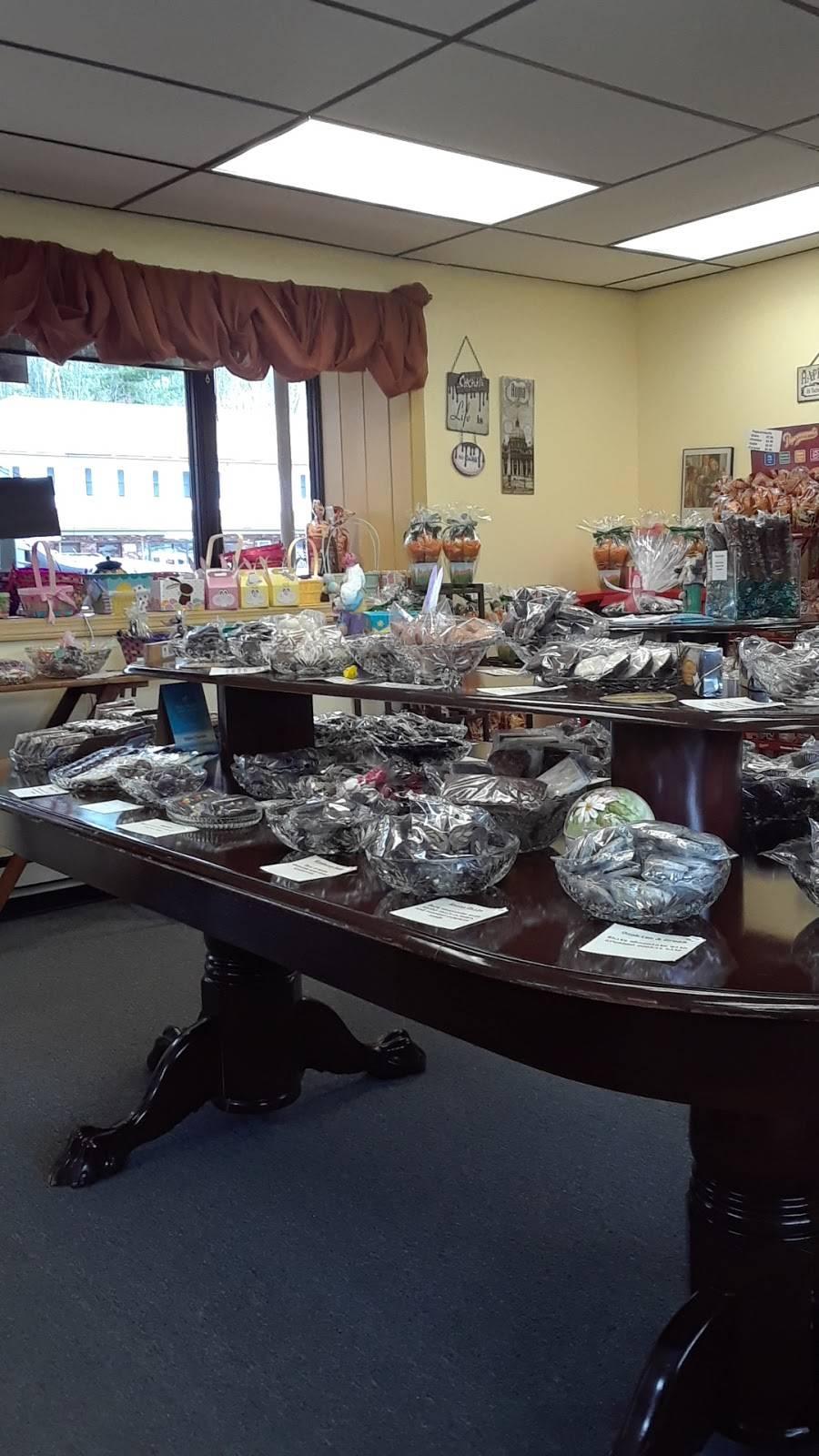 Pops Biscotti & Chocolates   bakery   2341 Boston Rd, Wilbraham, MA 01095, USA   4135969339 OR +1 413-596-9339