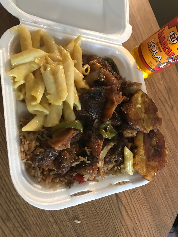 Clautas Caribbean shack | restaurant | 577 E Duval St, Lake City, FL 32055, USA | 3862438177 OR +1 386-243-8177