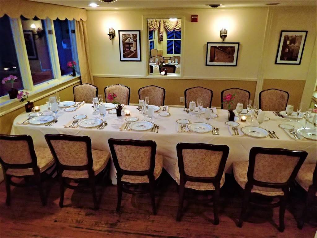 The Comus Inn at Sugarloaf Mountain | restaurant | 23900 Old Hundred Rd, Dickerson, MD 20842, USA | 3013495100 OR +1 301-349-5100