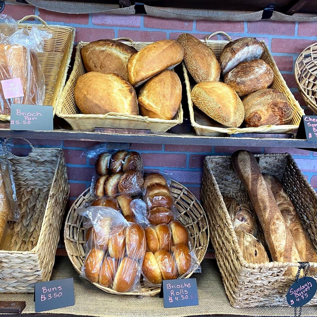 Larisas Bistro and Bakery | restaurant | 58 Greenville Ave, Johnston, RI 02919, USA | 4012703183 OR +1 401-270-3183