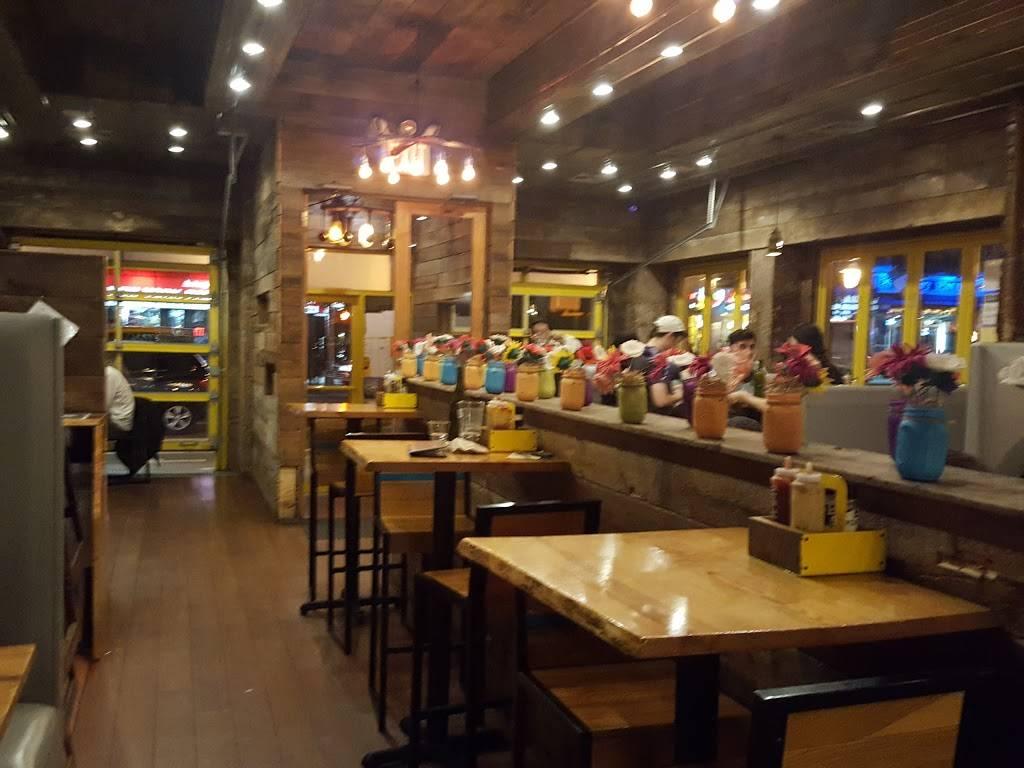 Bareburger | restaurant | 1681 1st Avenue, New York, NY 10128, USA | 2123901344 OR +1 212-390-1344