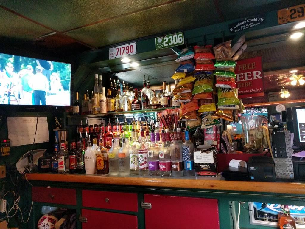 Village Pub Ortonville | restaurant | 411 Mill St, Ortonville, MI 48462, USA | 2486272333 OR +1 248-627-2333