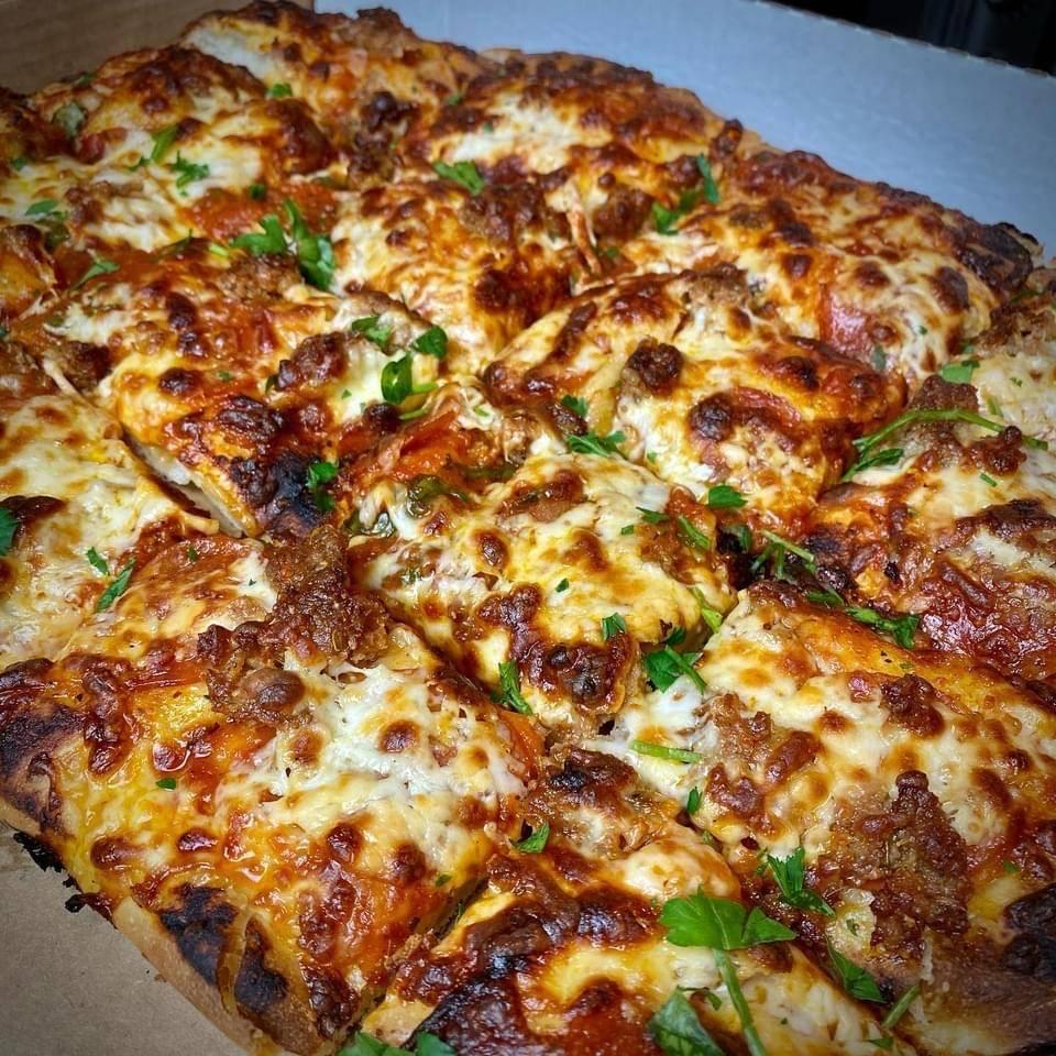 MarMars Pop-up Pizza Kitchen   restaurant   3355 Richmond Rd, Beachwood, OH 44122, USA   2163163355 OR +1 216-316-3355