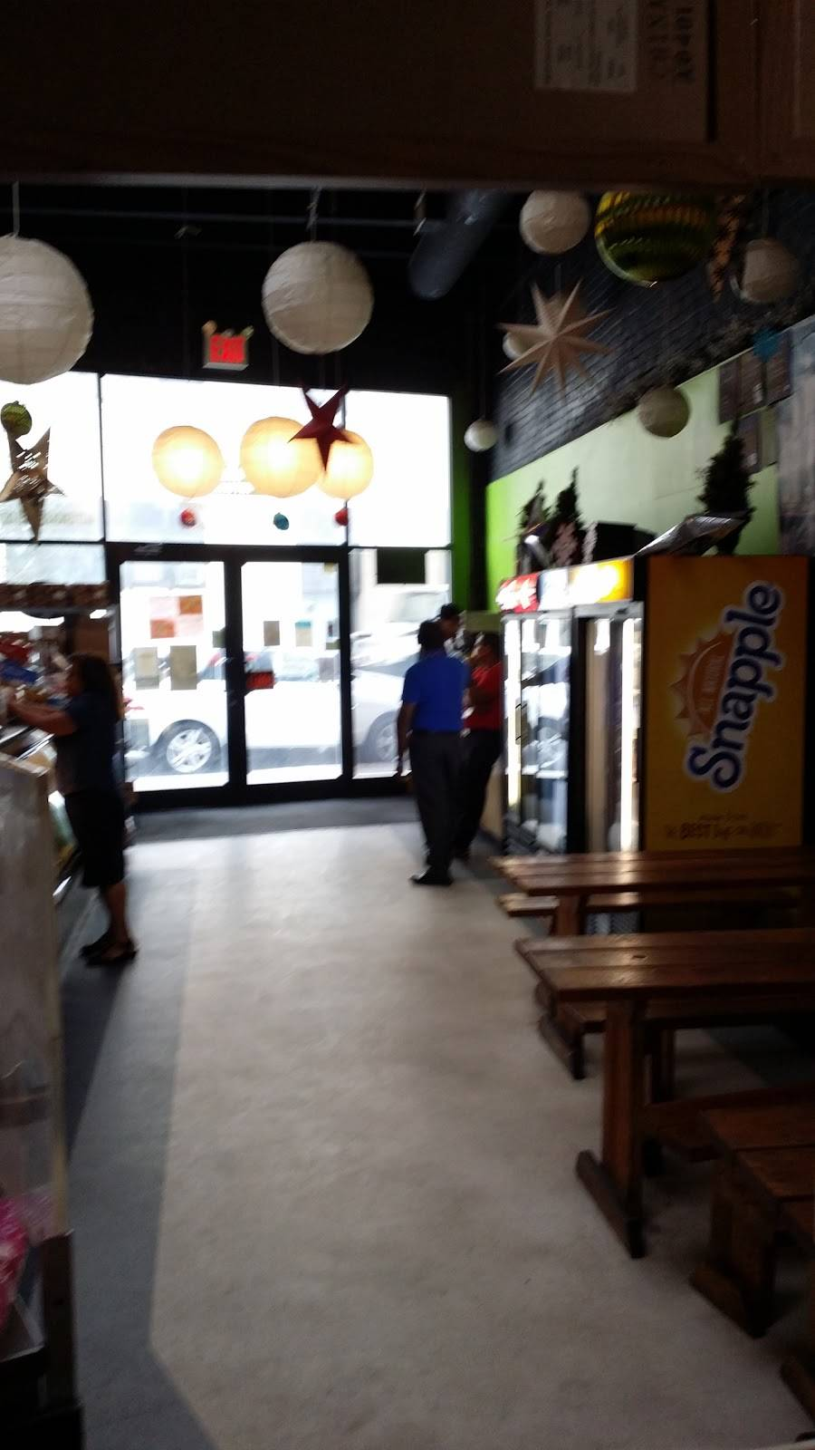 Small Kitchen   cafe   44 37 Vernon Blvd, Long Island City, NY 11101, USA   7186066200 OR +1 718-606-6200