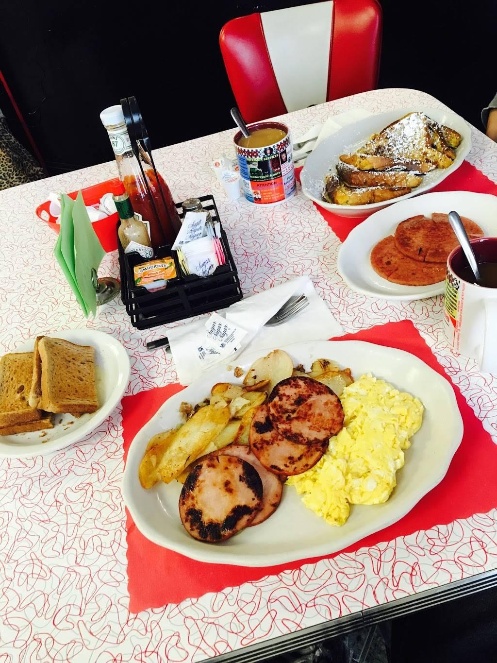 POPPYS PLACE | restaurant | 290 W Water St, Toms River, NJ 08753, USA | 7325034313 OR +1 732-503-4313