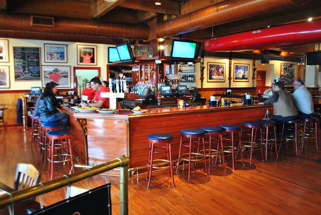 Gordys Boat House | restaurant | 336 Lake St, Fontana-On-Geneva Lake, WI 53125, USA | 2622756800 OR +1 262-275-6800
