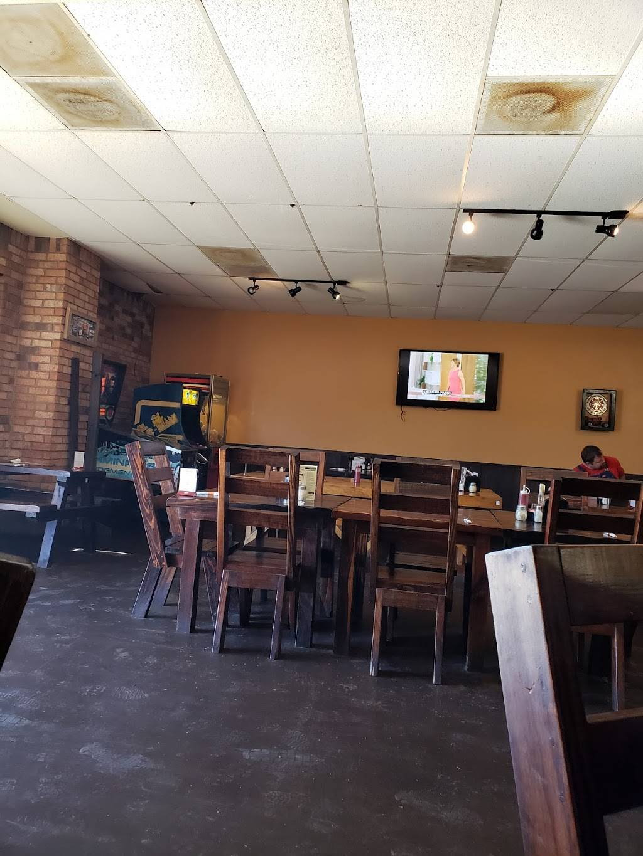 Firehouse Pizza | restaurant | 515 S Robb St, Trinity, TX 75862, USA | 9365947187 OR +1 936-594-7187
