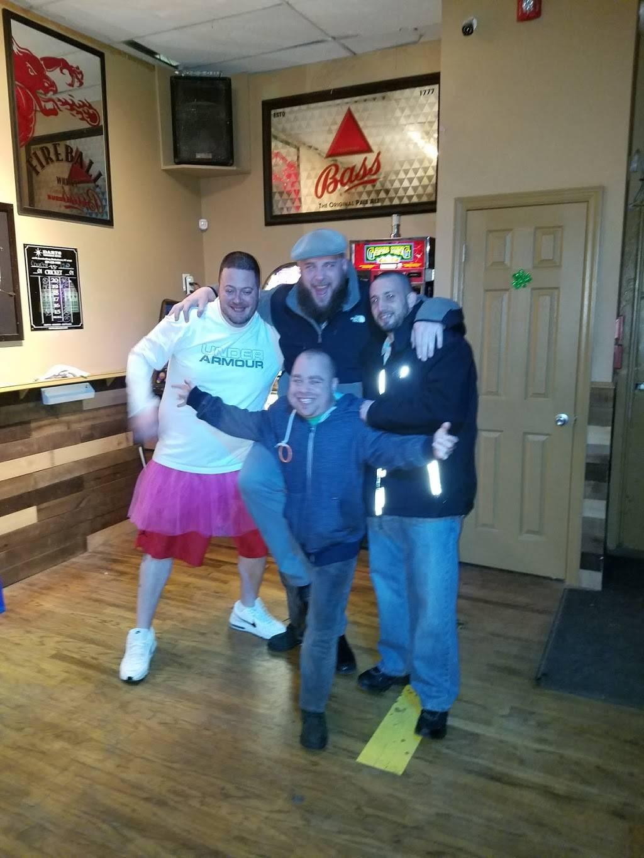 The Pour House Tavern | restaurant | 608 Sunrise Hwy, West Babylon, NY 11704, USA | 6315399253 OR +1 631-539-9253
