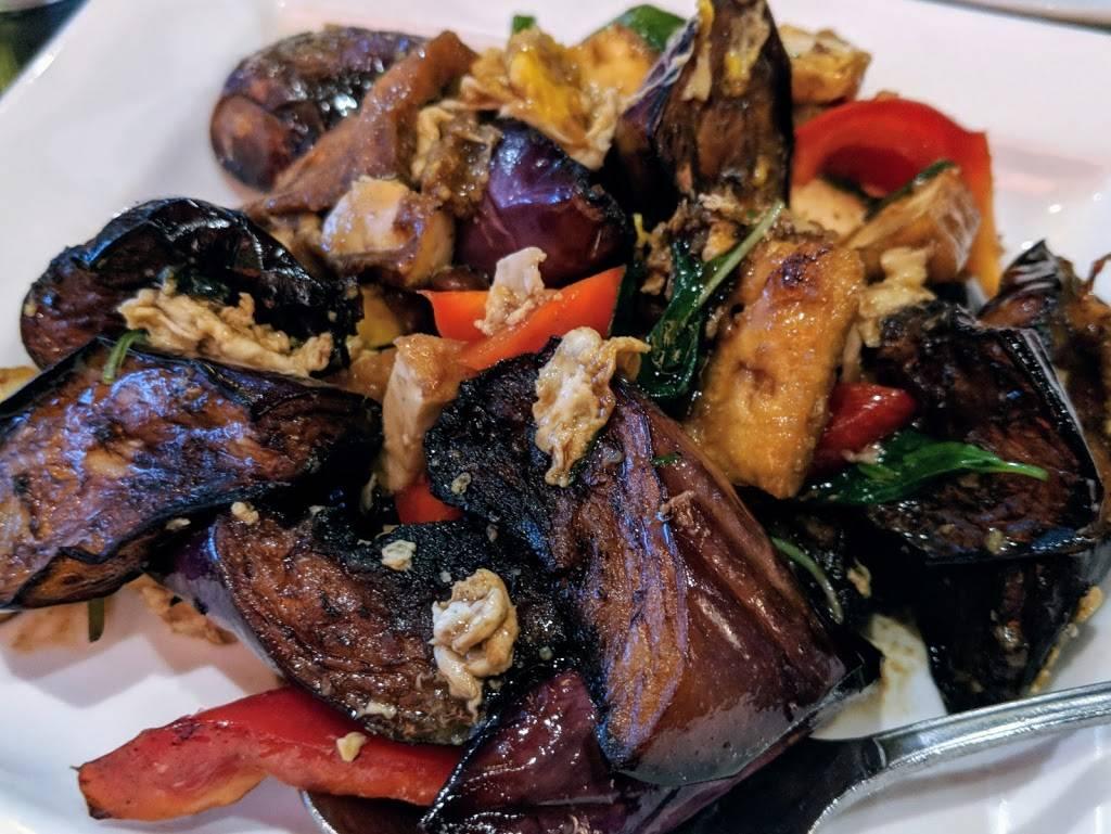 Thep Lela Thai Restaurant   restaurant   615 Strawberry Village, Mill Valley, CA 94941, USA   4153833444 OR +1 415-383-3444