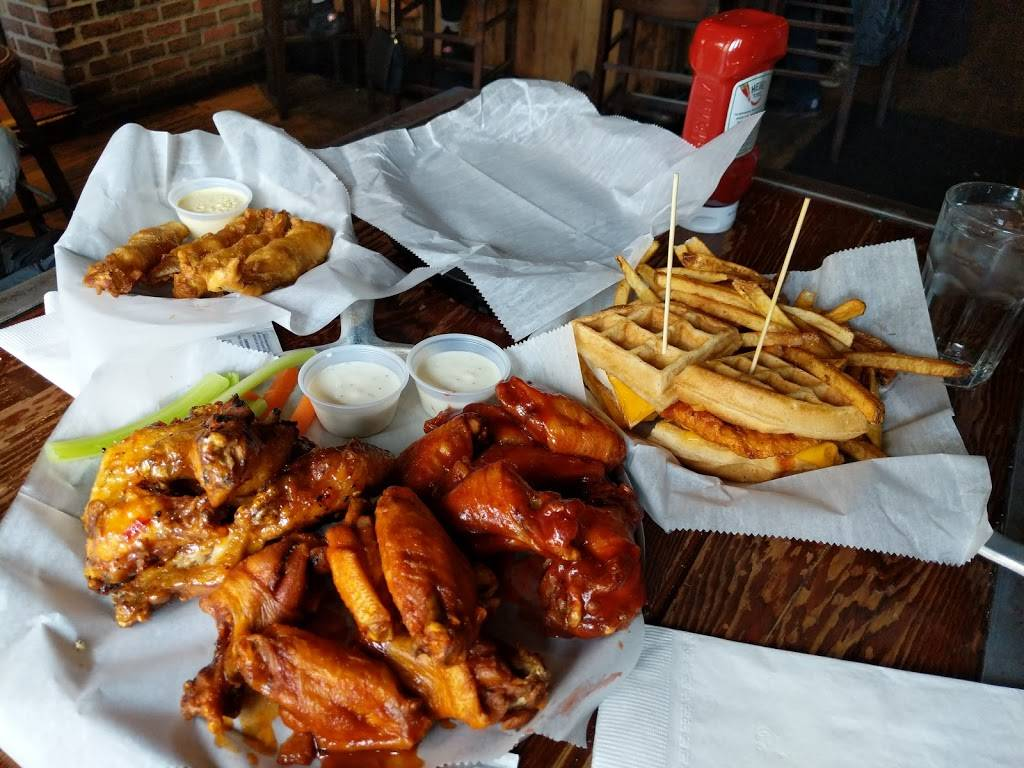 Bronx Alehouse | restaurant | 216 W 238th St, Bronx, NY 10463, USA | 7186010204 OR +1 718-601-0204