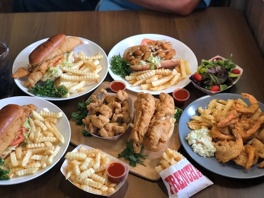 Docks | restaurant | 4011 167th St, Country Club Hills, IL 60478, USA | 7082061919 OR +1 708-206-1919