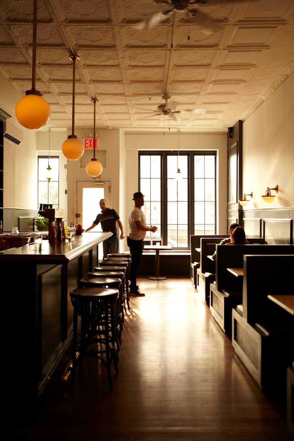 Vekslers | restaurant | 521 Hicks St, Brooklyn, NY 11231, USA | 7185345498 OR +1 718-534-5498