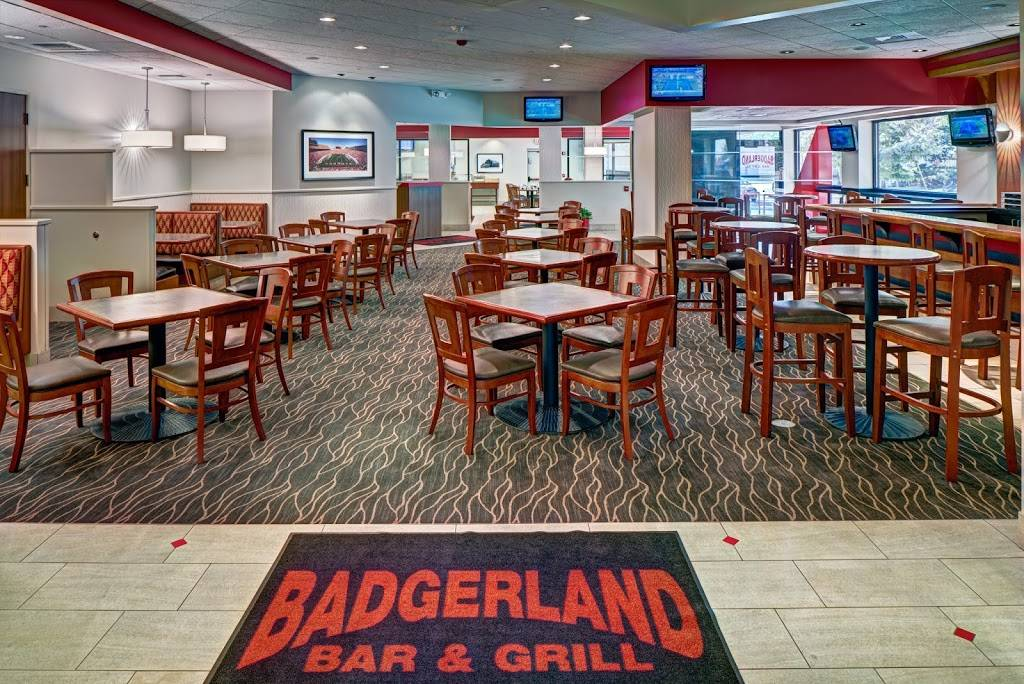 Badgerland Bar & Grill | restaurant | 525 W Johnson St, Madison, WI 53703, USA | 6082513033 OR +1 608-251-3033