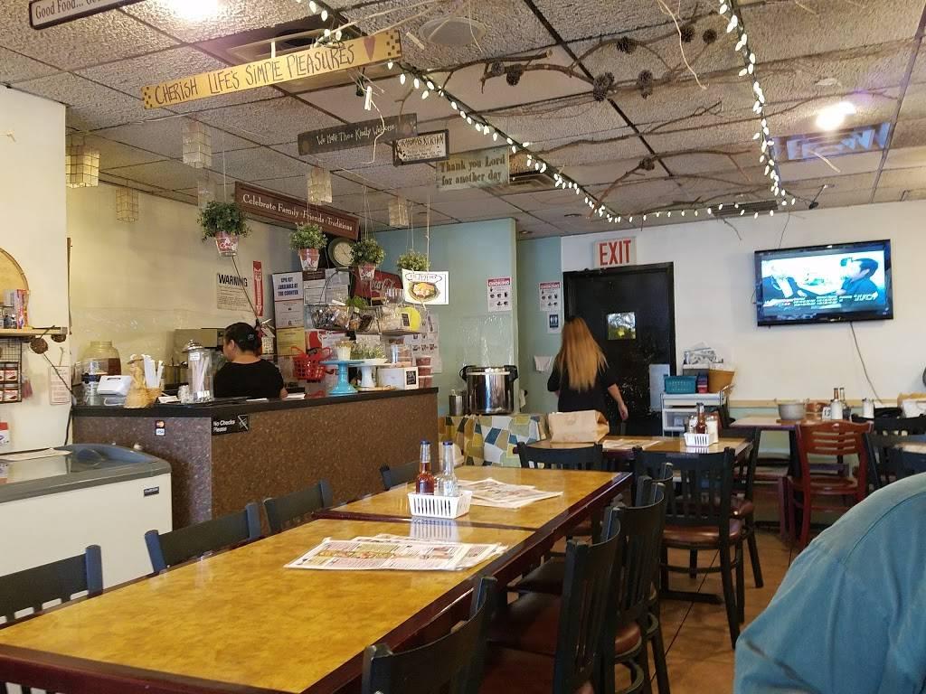Renees | restaurant | 69-14 Roosevelt Ave, Woodside, NY 11377, USA | 7184769002 OR +1 718-476-9002