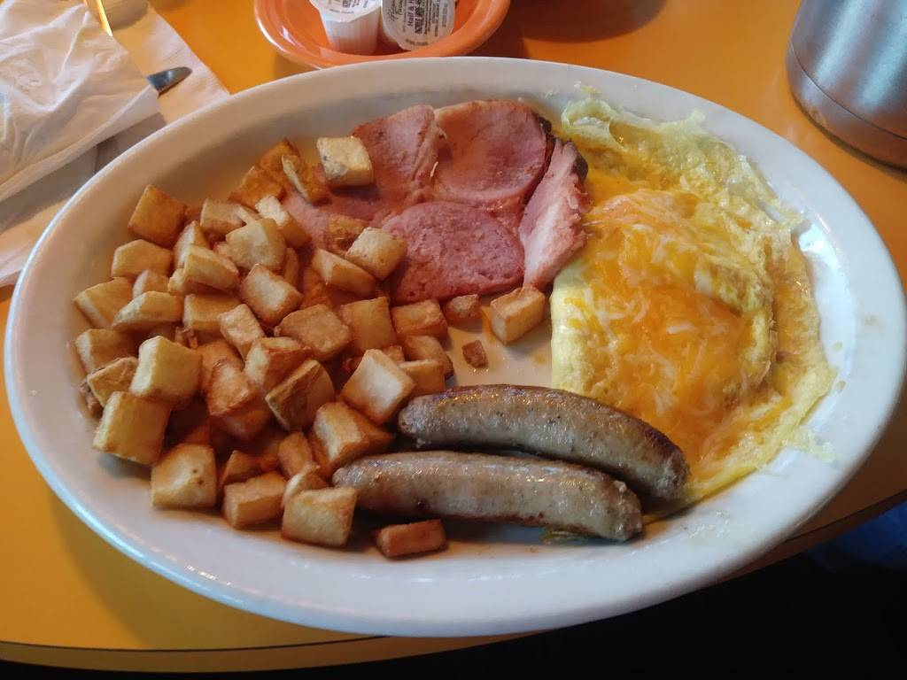 Village Inn | restaurant | 5214 Gall Blvd, Zephyrhills, FL 33542, USA | 8137829556 OR +1 813-782-9556