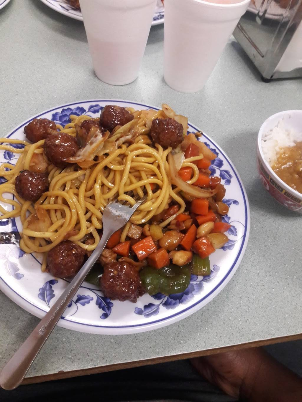 China King | restaurant | 1309 165th St, Hammond, IN 46320, USA | 2199372268 OR +1 219-937-2268