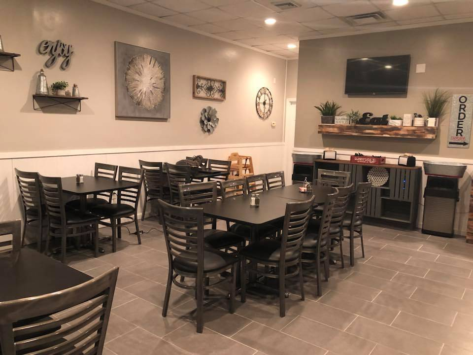 The Cafe by Simply Catered | restaurant | 536 W Cunningham St, Butler, PA 16001, USA | 7248410506 OR +1 724-841-0506