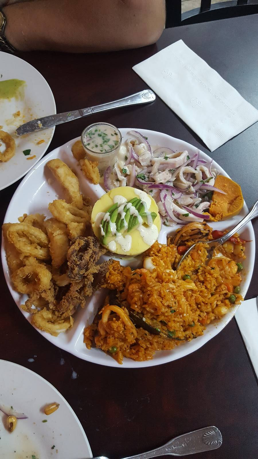 Mistura Peruana | restaurant | 86-6 Jamaica Ave, Woodhaven, NY 11421, USA | 7184411461 OR +1 718-441-1461