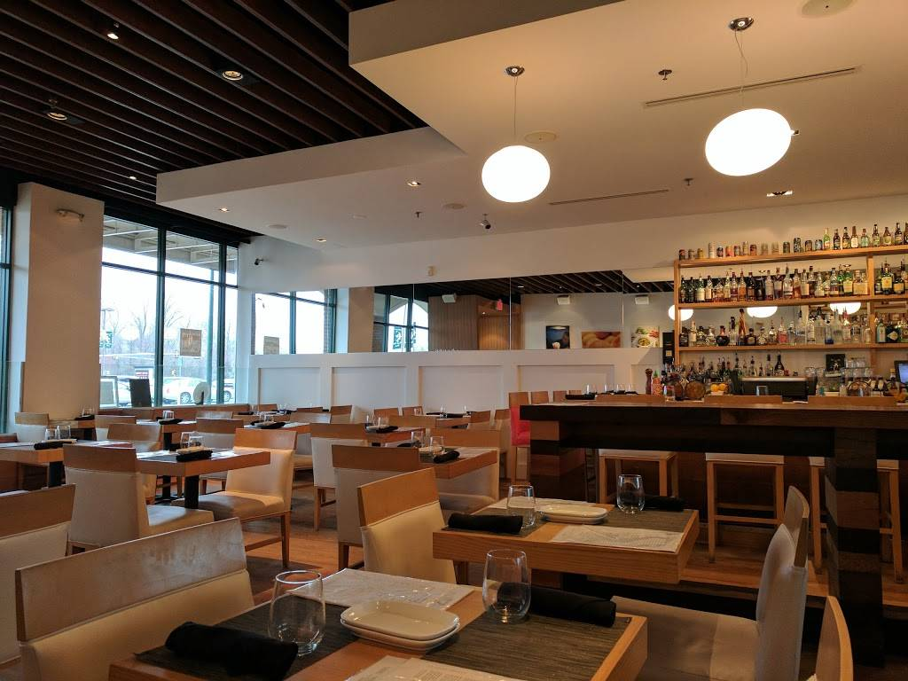 Mokomandy | restaurant | 20789 Great Falls Plaza #176, Sterling, VA 20165, USA | 5713130505 OR +1 571-313-0505