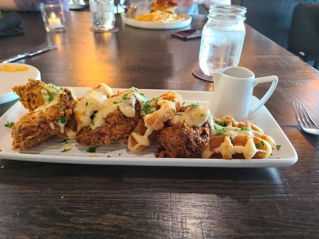 Brick + Mortar   restaurant   401 N Broadway, Pittsburg, KS 66762, USA   6206702272 OR +1 620-670-2272