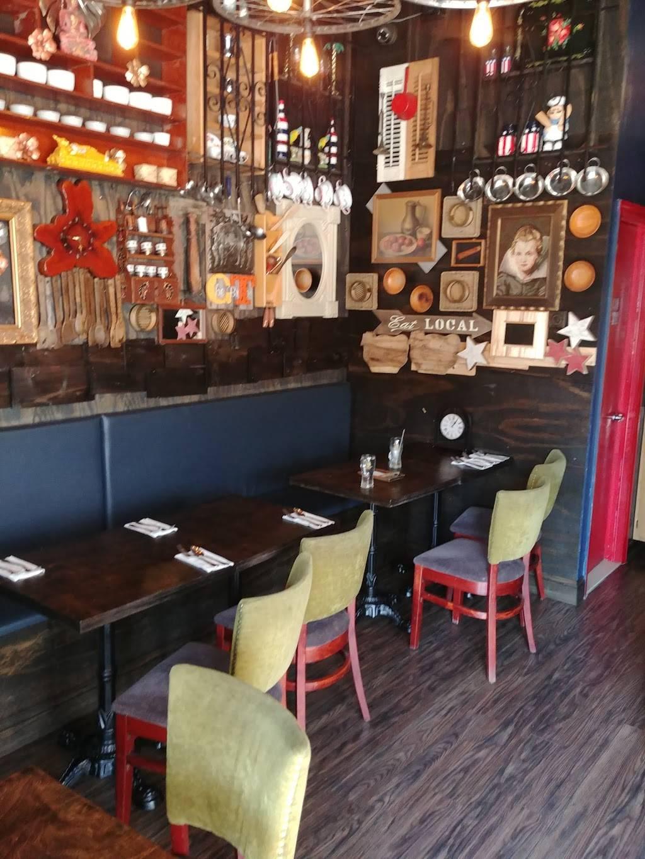 Golden Thai | restaurant | 469 Irving Ave, Brooklyn, NY 11237, USA | 9179661203 OR +1 917-966-1203