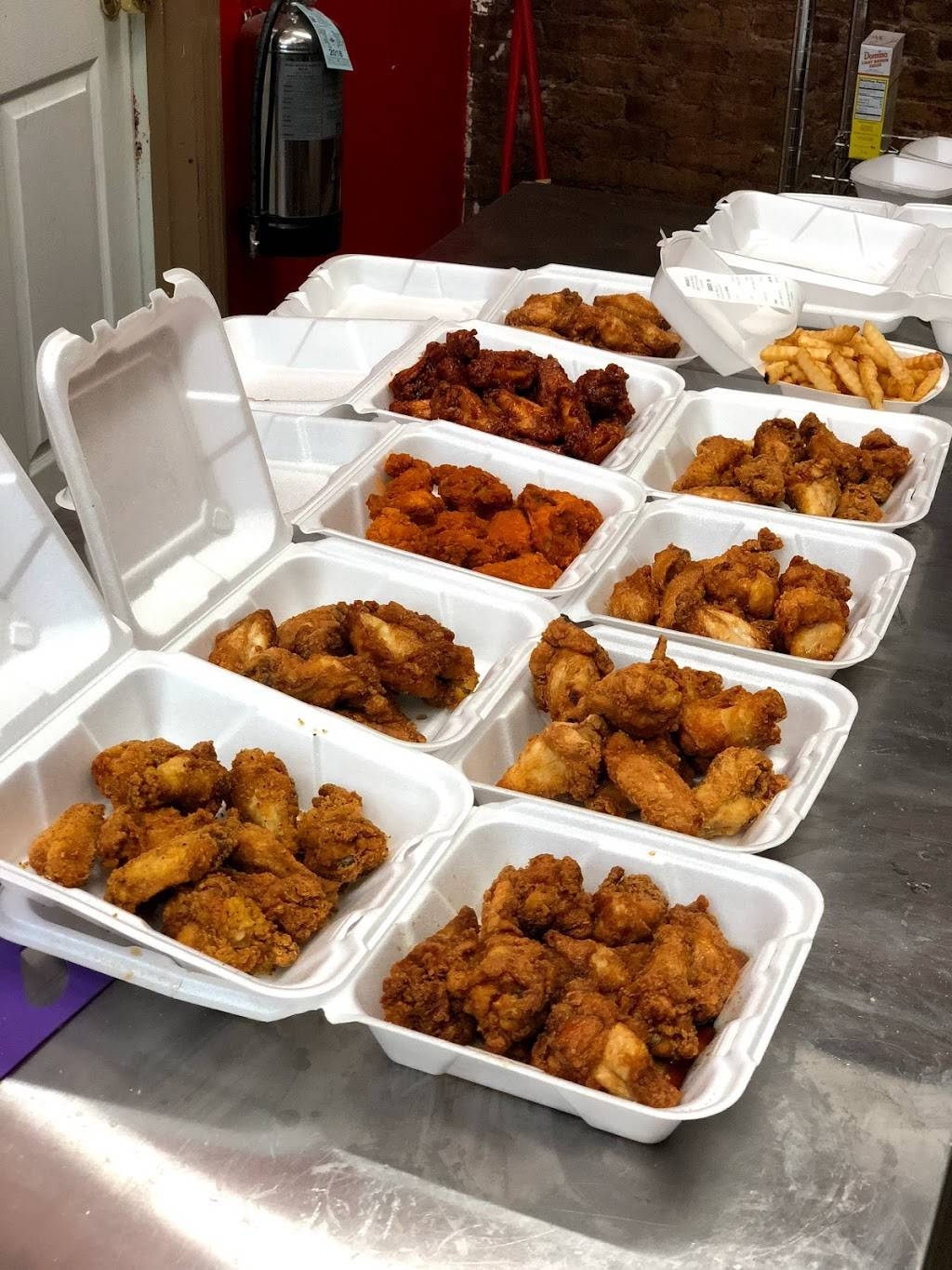 Wingin It | restaurant | 122 Ocean Ave, Jersey City, NJ 07305, USA | 2016304367 OR +1 201-630-4367