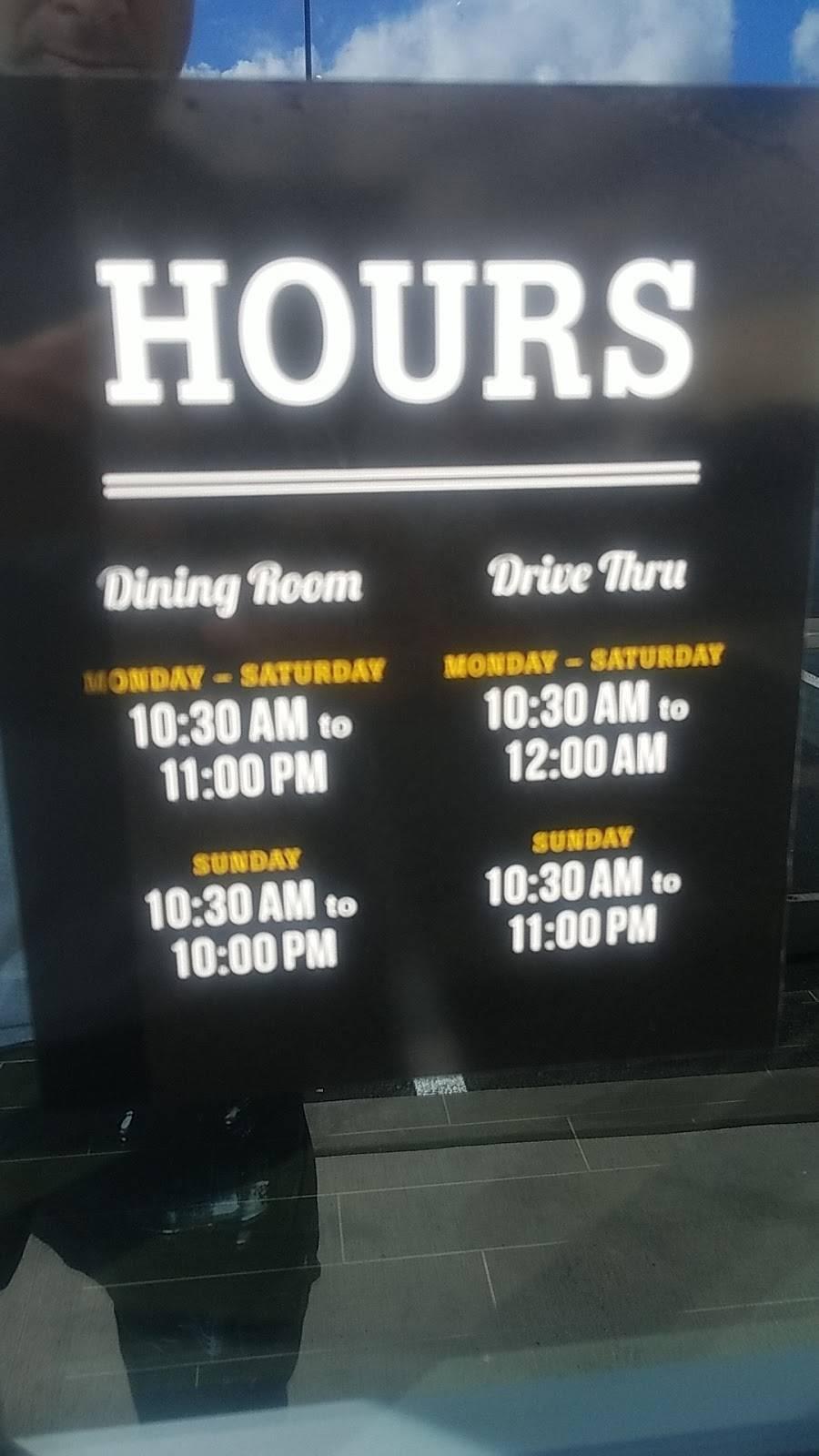 The Habit Burger Grill   restaurant   720 N Centre City Pkwy, Escondido, CA 92025, USA   7607905425 OR +1 760-790-5425