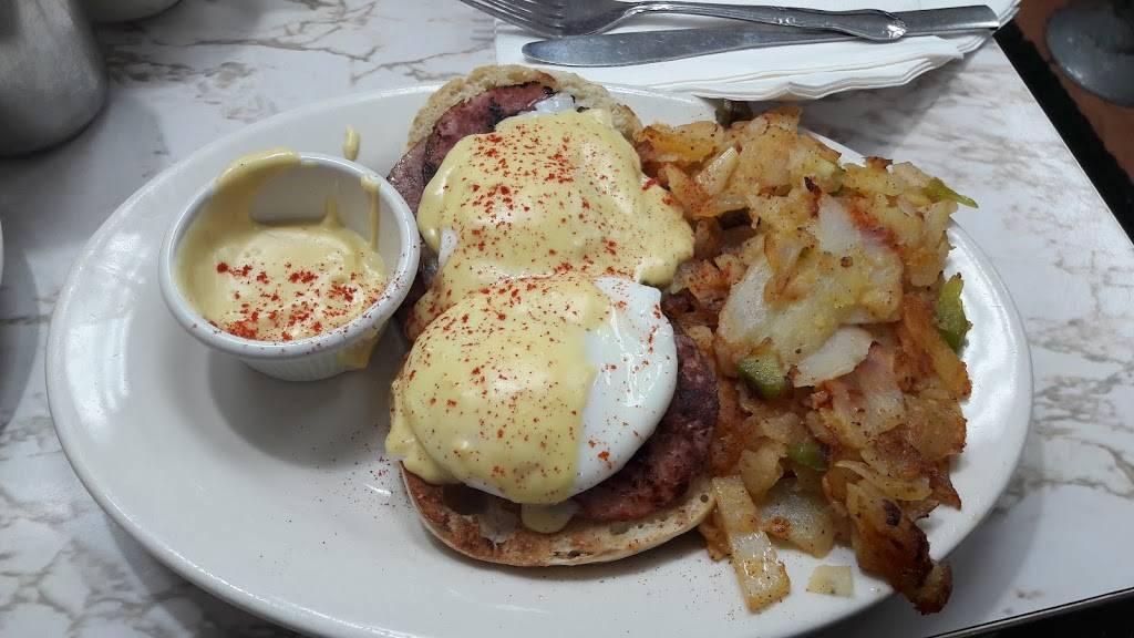 M & G | restaurant | 2390 Arthur Ave, Bronx, NY 10458, USA | 7185843788 OR +1 718-584-3788