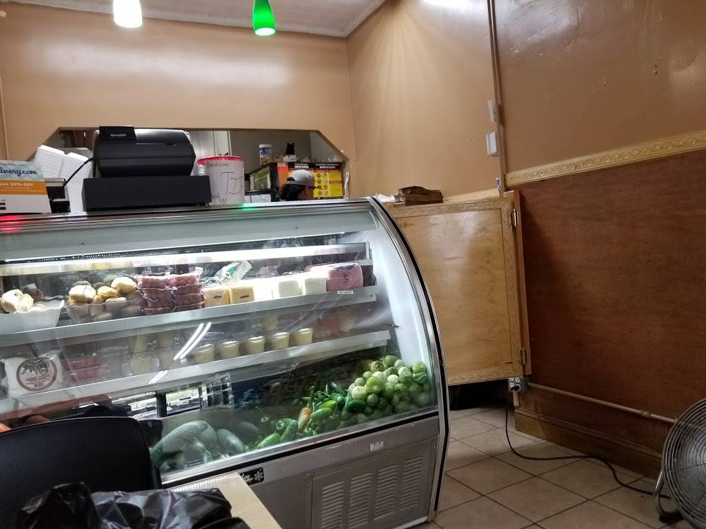 GMC Temaxcal Deli & Grocery Crp | meal takeaway | 163 Park Ave, Brooklyn, NY 11205, USA | 7183078100 OR +1 718-307-8100