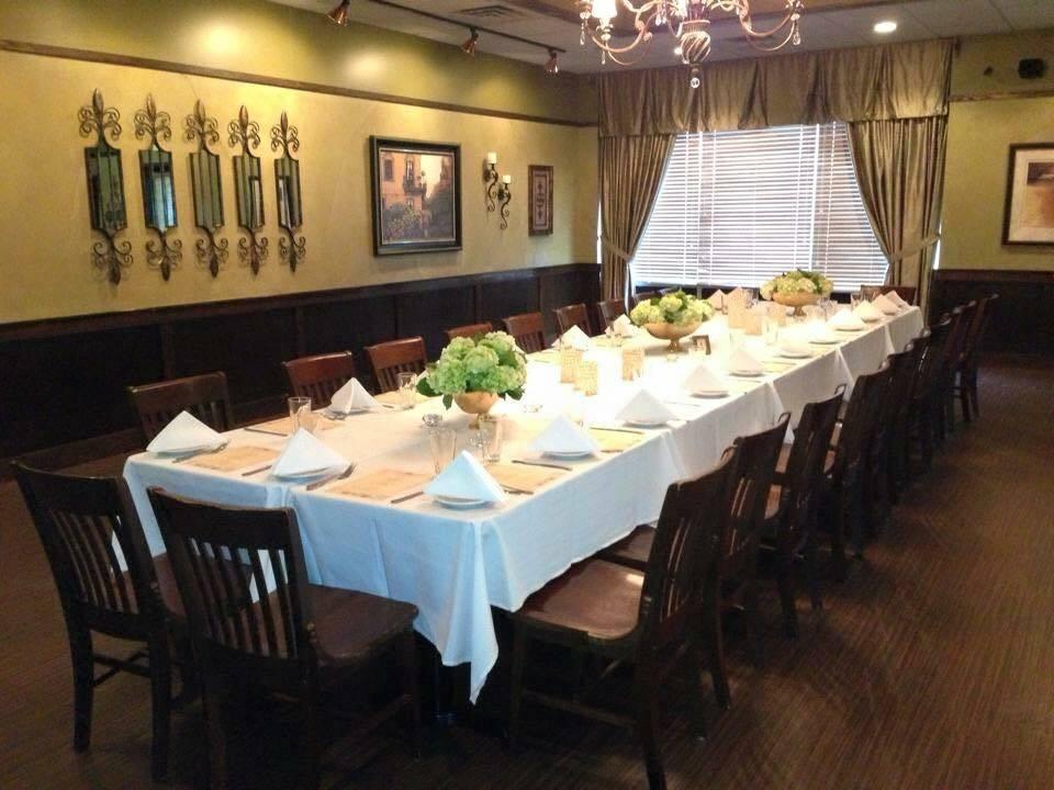 Frankies Ristorante | restaurant | 9501 W 171st St, Tinley Park, IL 60477, USA | 7082266996 OR +1 708-226-6996