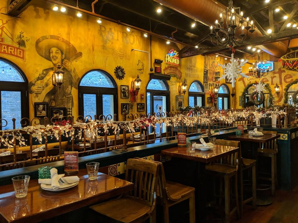 Salsa 17   restaurant   17 W Campbell St, Arlington Heights, IL 60005, USA   8475901122 OR +1 847-590-1122