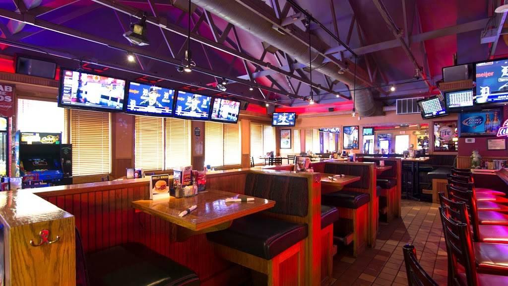 Bullfrogs Bar & Grill | restaurant | 2225 S Ortonville Rd, Ortonville, MI 48462, USA | 2486277755 OR +1 248-627-7755