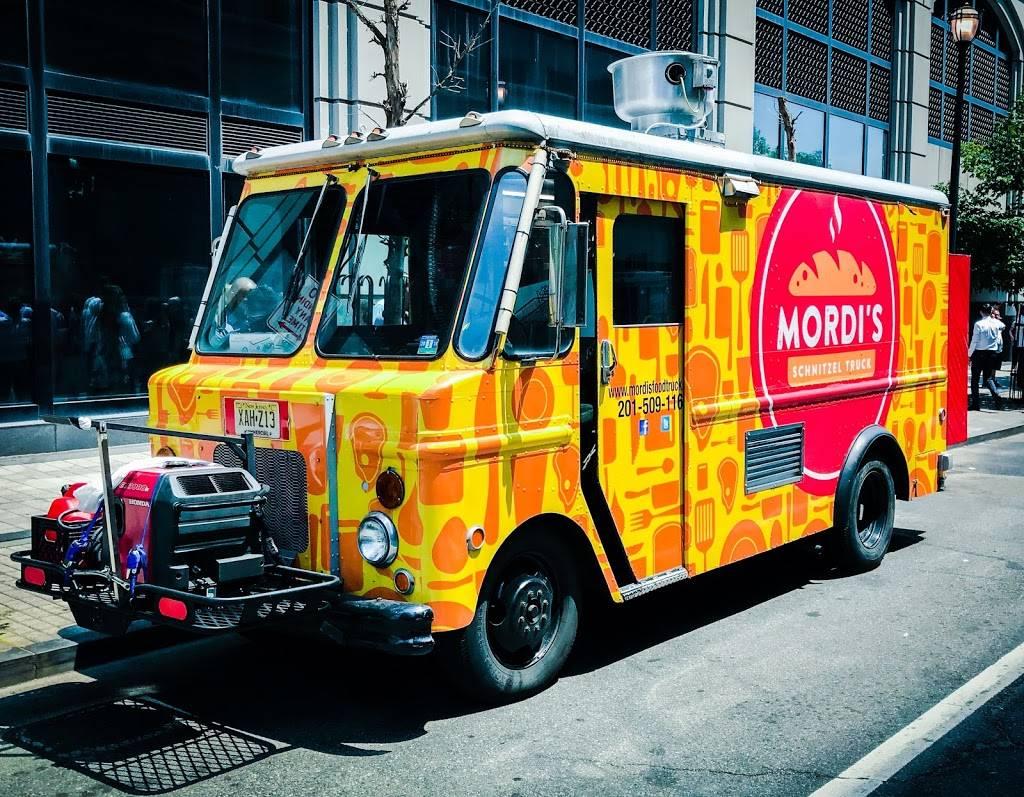 Mordis Schnitzel Truck | meal takeaway | 27 Grand St, Jersey City, NJ 07302, USA