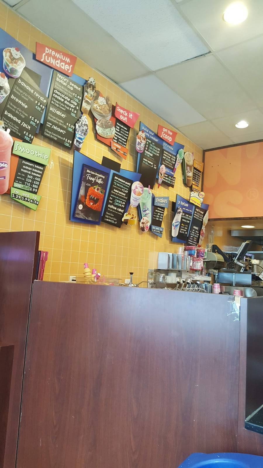 Dunkin Donuts | cafe | 1880 3rd Ave, New York, NY 10029, USA | 2124263131 OR +1 212-426-3131