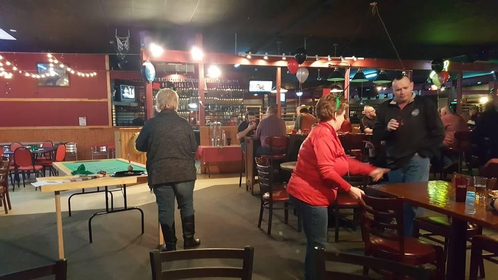 Pinos Last Call Pizza Pub & Grill | restaurant | 545 Kenosha St, Walworth, WI 53184, USA | 2622756698 OR +1 262-275-6698