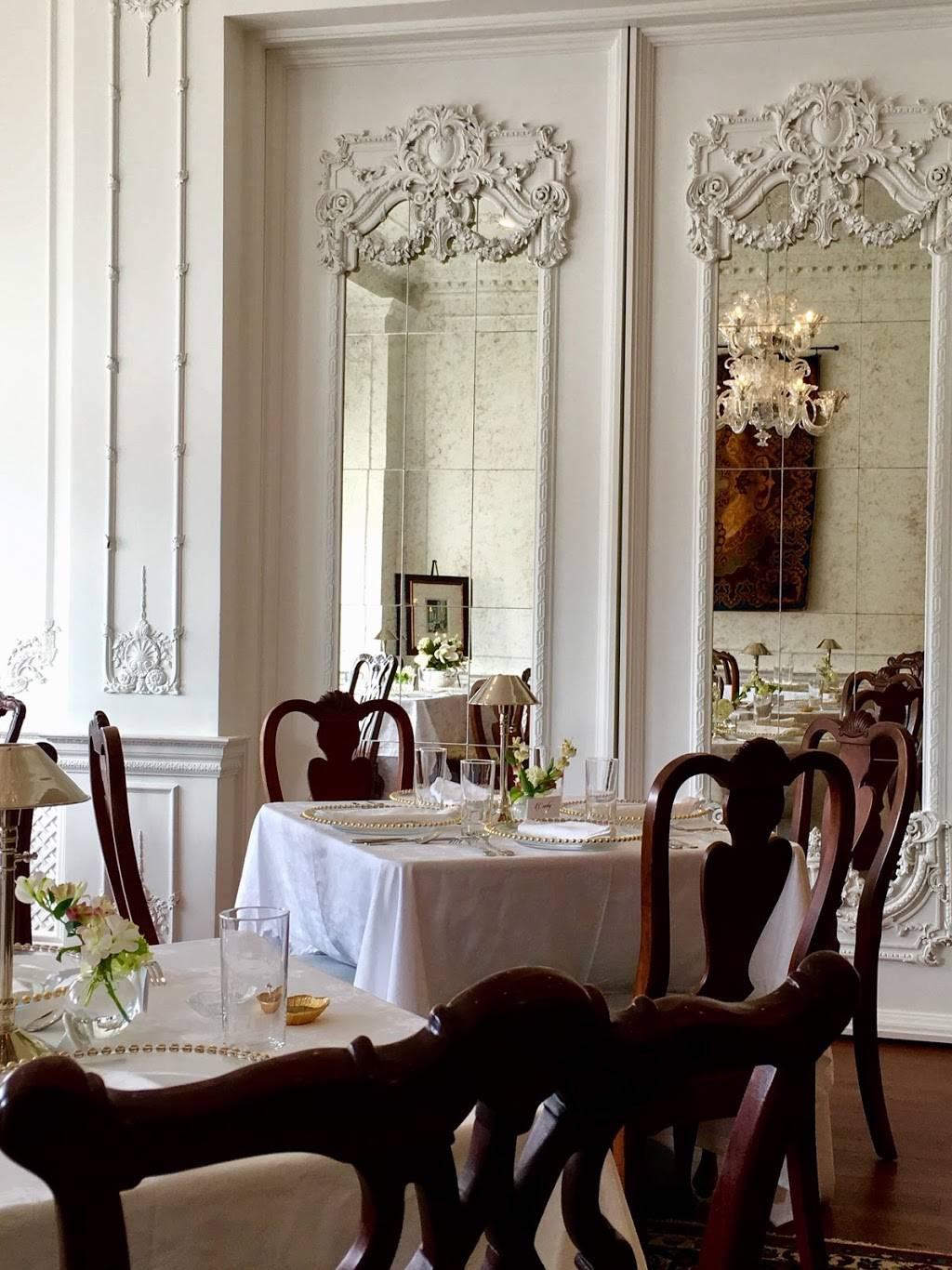 a + b, etc.   restaurant   123 W Main St, Hahira, GA 31632, USA   2295859119 OR +1 229-585-9119