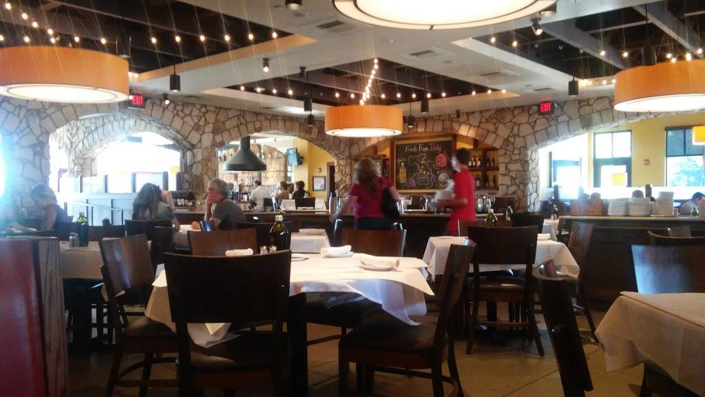 Romanos Macaroni Grill | restaurant | 41 Springside Dr, Akron, OH 44333, USA | 3306653881 OR +1 330-665-3881