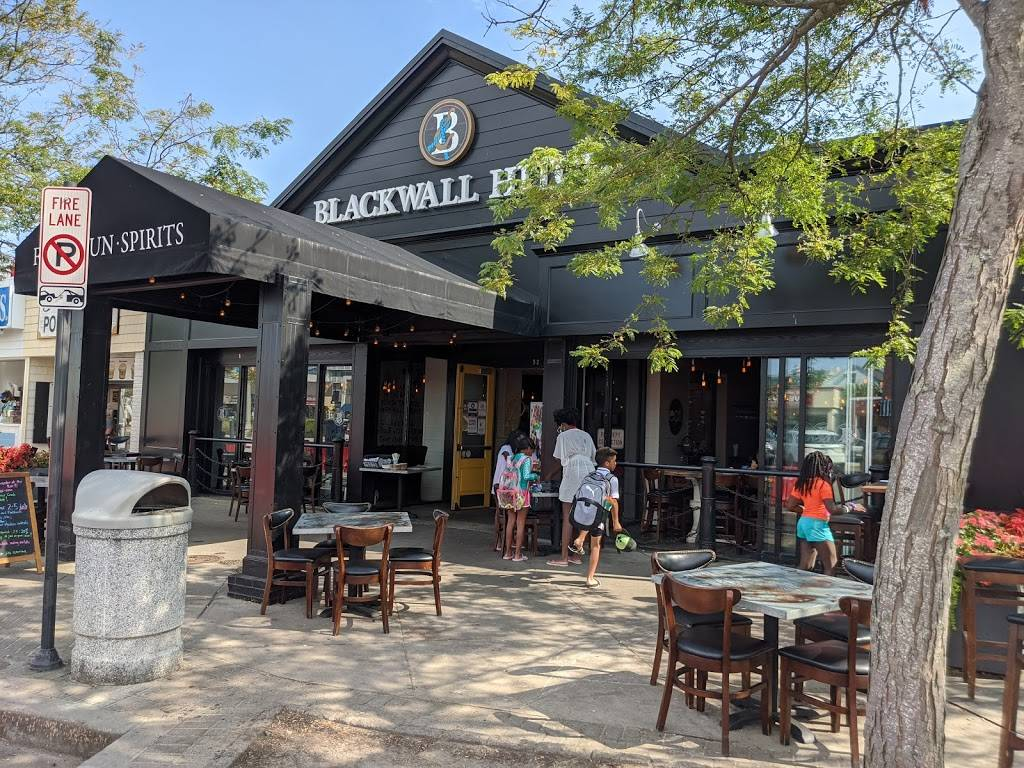 Blackwall Hitch | restaurant | 52 Rehoboth Ave, Rehoboth Beach, DE 19971, USA | 3022260550 OR +1 302-226-0550