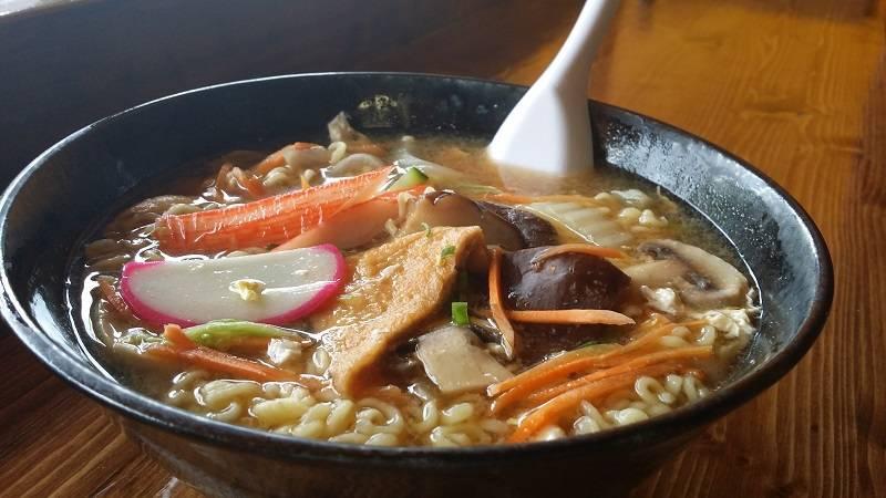 Asahi Roll | restaurant | 6803 N Sheridan Rd, Chicago, IL 60626, USA | 7736543649 OR +1 773-654-3649