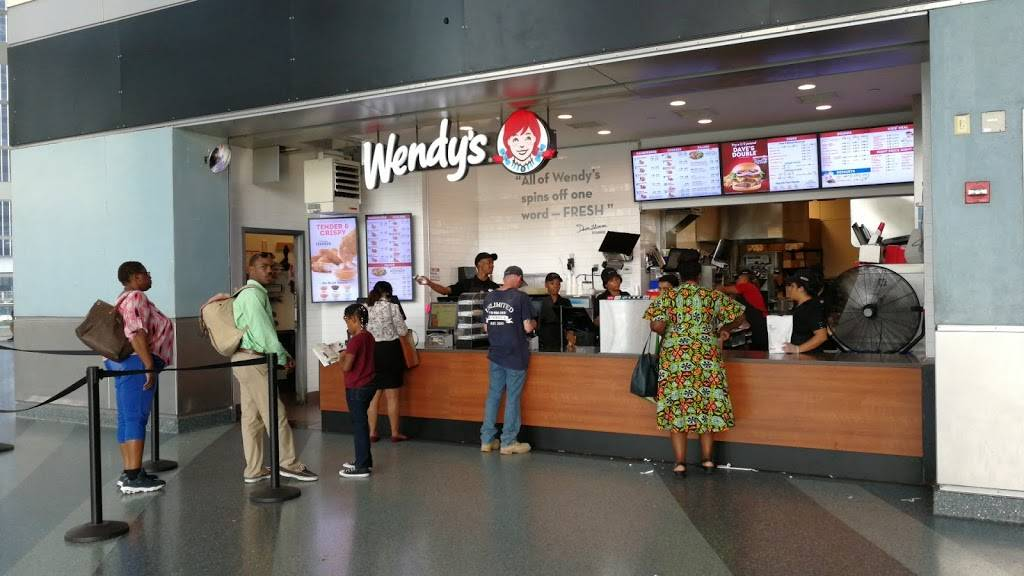 Wendys | restaurant | 4 South St Space 2, New York, NY 10004, USA | 2122209989 OR +1 212-220-9989