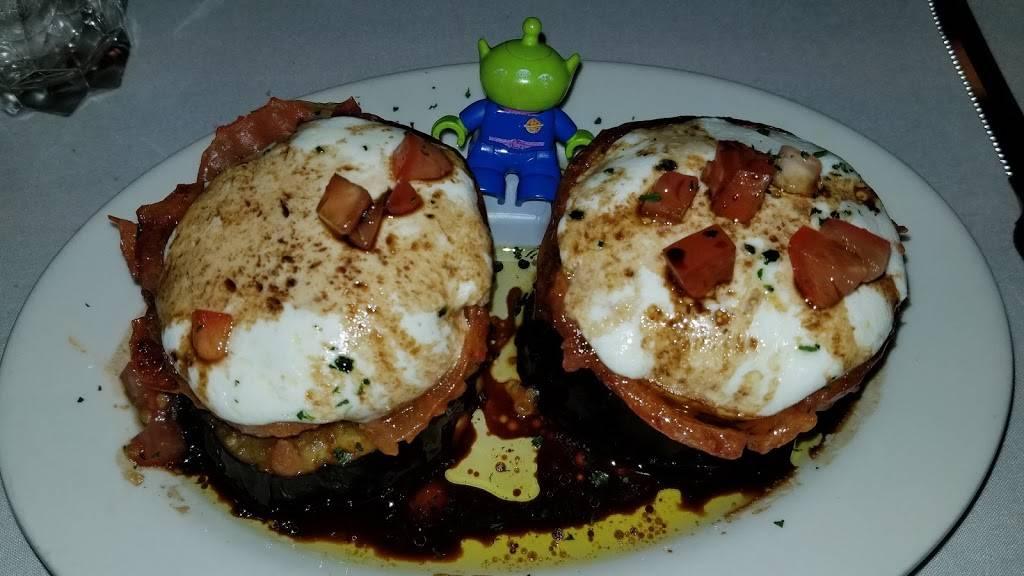 Patsys Restaurant | restaurant | 344 Bergen Blvd, Fairview, NJ 07022, USA | 2019430627 OR +1 201-943-0627