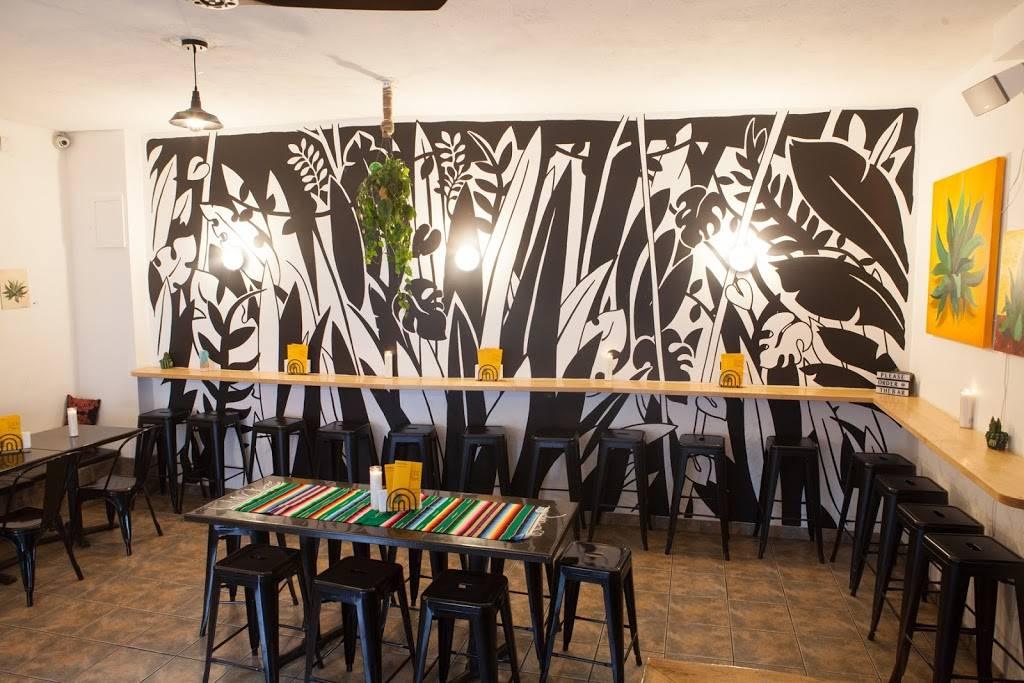 Good Move Tacos & Mezcal | restaurant | 167 Nassau Ave, Brooklyn, NY 11222, USA | 7183836038 OR +1 718-383-6038
